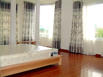 Rental Apartment in Truc Bach Ba Dinh Dist, 2 bedrooms, Lake View