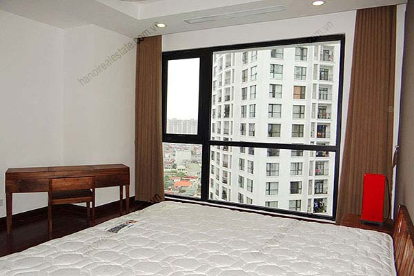 Rental Furnished 3 bedroom Exclusive Apartment in Royal city Hanoi 19