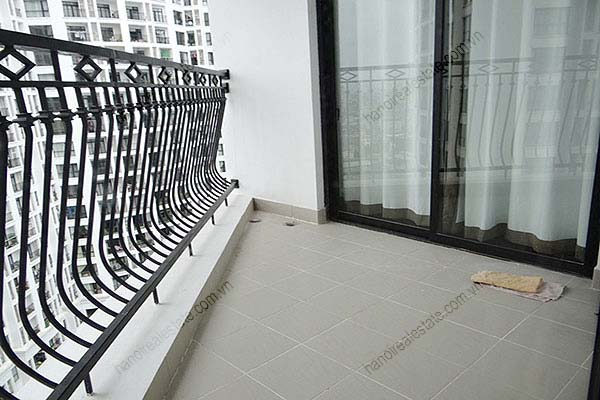 Rental Furnished 3 bedroom Exclusive Apartment in Royal city Hanoi 30