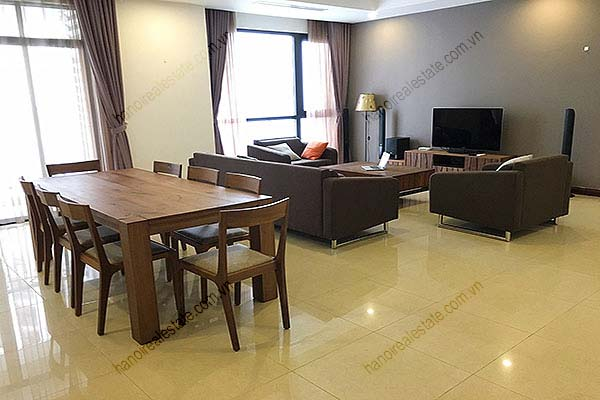 Rental Furnished 3 bedroom Exclusive Apartment in Royal city Hanoi 2