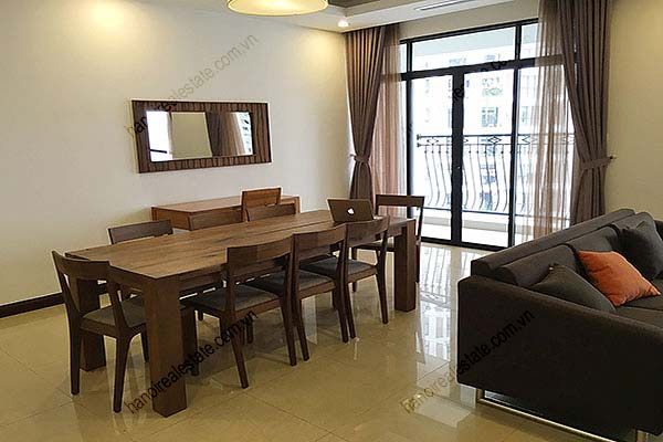 Rental Furnished 3 bedroom Exclusive Apartment in Royal city Hanoi 4