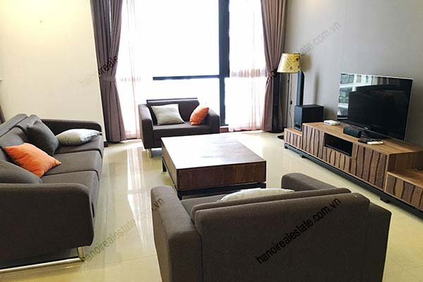 Rental Furnished 3 bedroom Exclusive Apartment in Royal city Hanoi 6