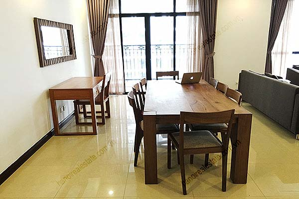 Rental Furnished 3 bedroom Exclusive Apartment in Royal city Hanoi 8