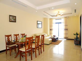 Royal City, Spacious 2 bedroom Apartment for rentals overlooking Hanoi City