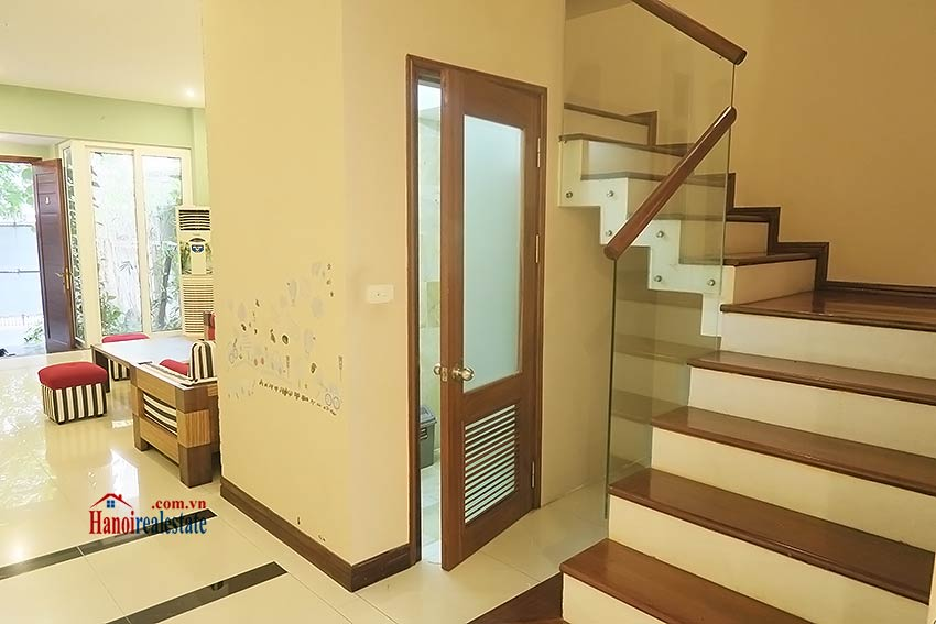 Semi furnished 03 bedroom house to let in Hai Ba Trung with nice courtyard 11