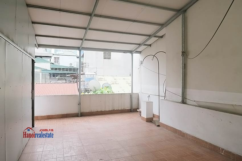 Semi furnished 03 bedroom house to let in Hai Ba Trung with nice courtyard 37