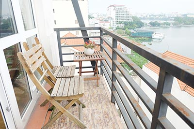 Serviced 02BRs apartment on Yen Phu St, fully furnished