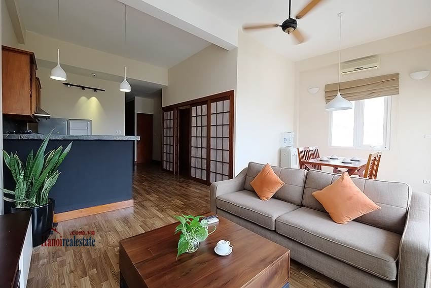 Serviced 2 bedroom apartment to let in Hoan Kiem with balcony 3
