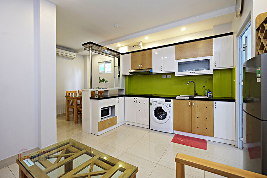 Serviced 2-bedroom apartment in Hoan Kiem to rent 2