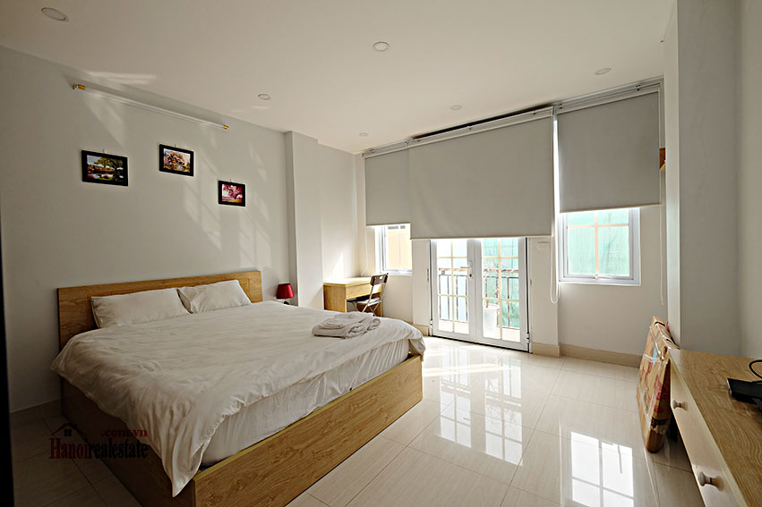 Serviced 2-bedroom apartment in Hoan Kiem to rent 9