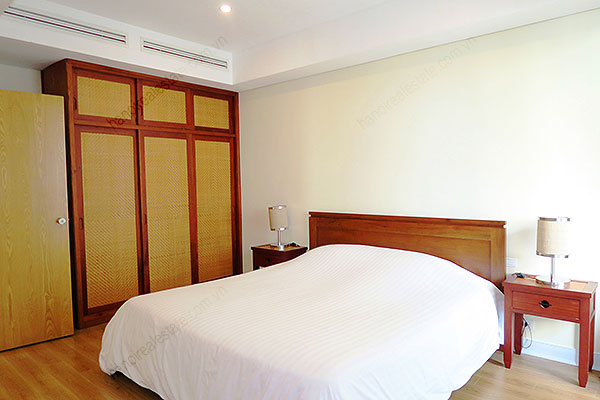 Serviced apartment at Pacific Place Hanoi, 3 bedrooms, furnished 21