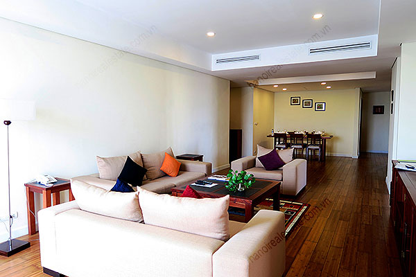Serviced apartment at Pacific Place Hanoi, 3 bedrooms, furnished 3