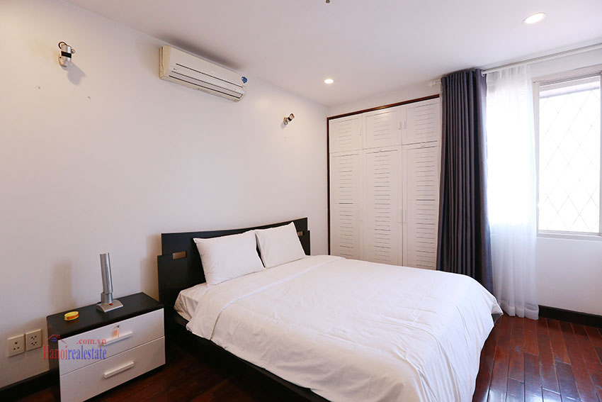 Serviced apartment with 2beds on a quite alley of Kim Ma Street 10
