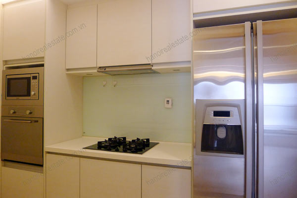 Sky City Tower Hanoi, 2 bedroom serviced apartment for rent on 28th floor 8