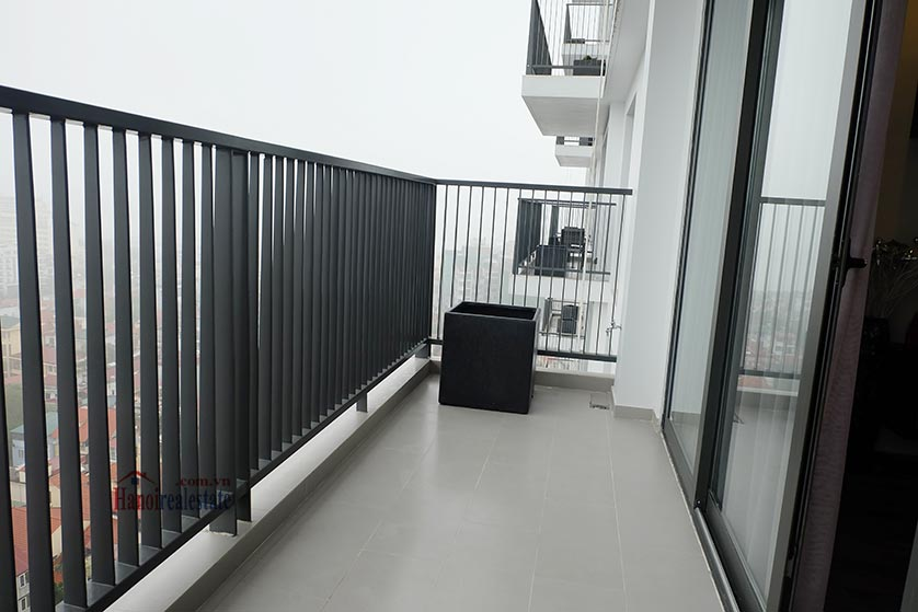 Somerset West Point: High-ended 02BRs serviced apartment, balcony with Westlake view 17
