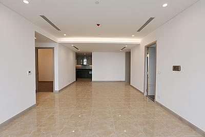 Spacious 03+1BRs apartment a Sun Grand City, balcony with awesome city view