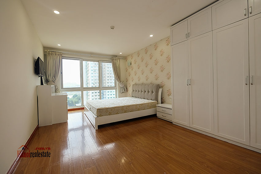 Spacious 04BRs apartment at P2 Ciputra, golf course view 11