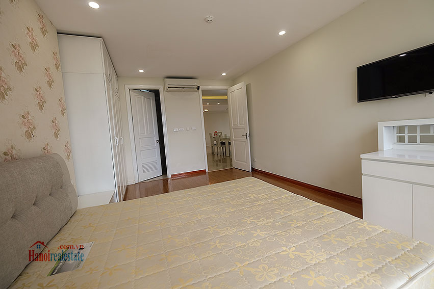Spacious 04BRs apartment at P2 Ciputra, golf course view 12