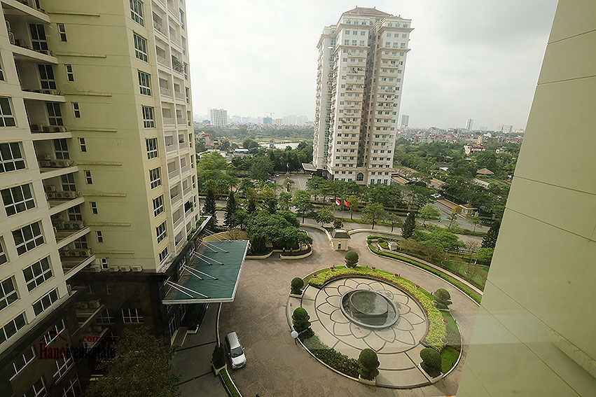Spacious 04BRs apartment at P2 Ciputra, golf course view 14