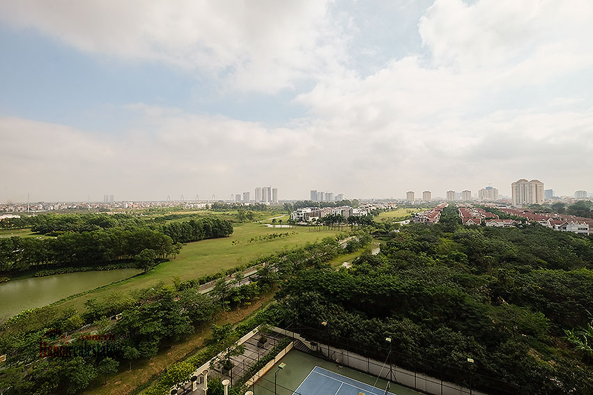 Spacious 04BRs apartment at P2 Ciputra, golf course view 4