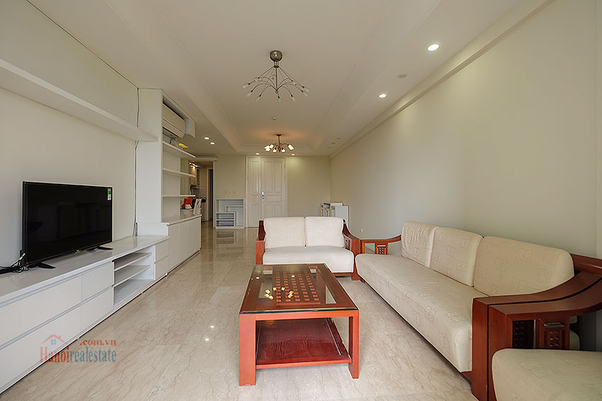 Spacious 04BRs apartment at P2 Ciputra, golf course view 6