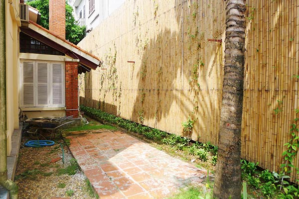 Spacious 04BRs unfurnished villa for rent at Dang Thai Mai, with large garden and swimming pool 15