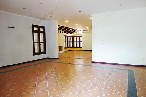 Spacious 04BRs unfurnished villa for rent at Dang Thai Mai, with large garden and swimming pool 19