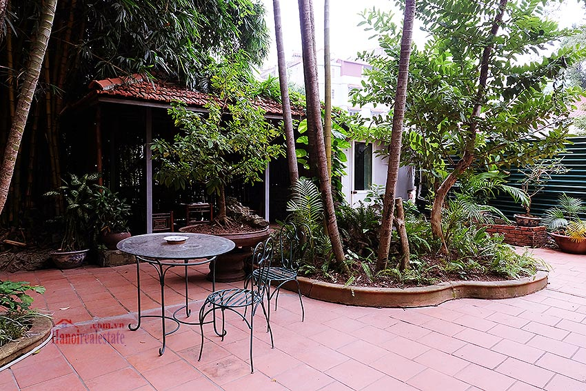 Spacious 04BRs villa with swimming pool at To Ngoc Van, car access 1