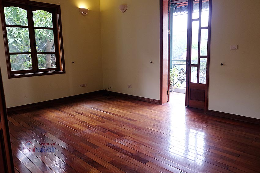 Spacious 04BRs villa with swimming pool at To Ngoc Van, car access 16