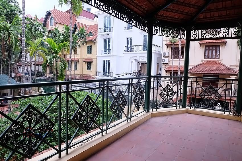 Spacious 06BRs villa to rent on To Ngoc Van with beautiful outdoor swimming pool 10
