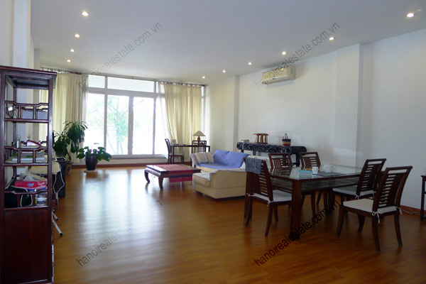 Spacious 2 bedroom apartment overlooking Truc Bach and West Lake 1