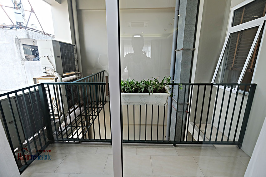 Spacious 2-bedroom apartment to rent in Hai Ba Trung, short walk to Vincom Ba Trieu 15