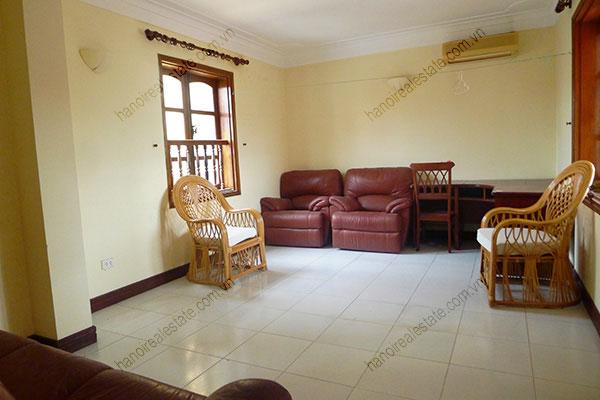 Beautiful 05 Bedroom House On To Ngoc Van West Lake