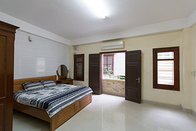Spacious but Affordable apartment at Au Co, Tay Ho