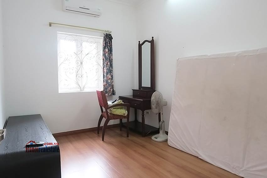 Spacious garden charming 3-bedroom house in Tay Ho to rent 11