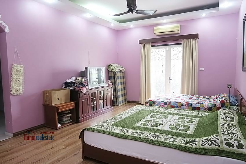 Spacious garden charming 3-bedroom house in Tay Ho to rent 14