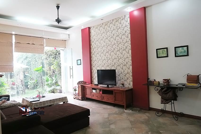 Spacious garden charming 3-bedroom house in Tay Ho to rent 6