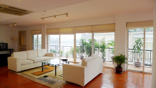 Spacious Lake View apartment includes large living room & big balconies for rent
