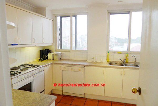 Spacious Lake View apartment includes large living room & big balconies for rent 7