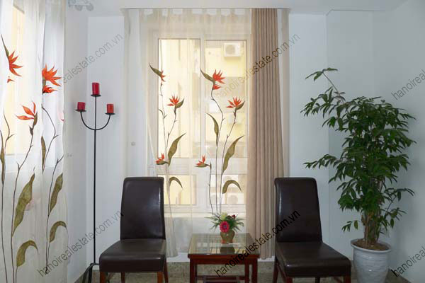 Spacious modern 2 bed apartment for rent in Lang Ha Hanoi 10