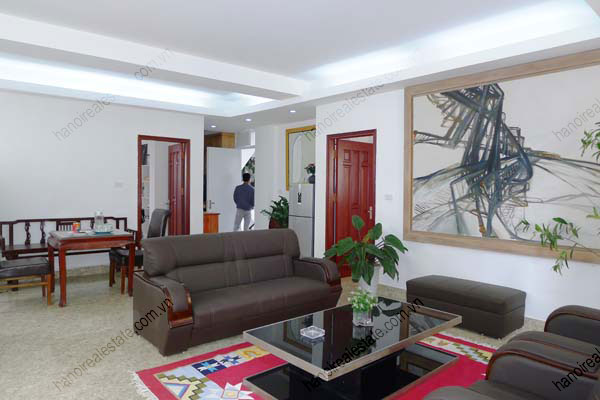 Spacious modern 2 bed apartment for rent in Lang Ha Hanoi 3