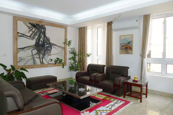 Spacious modern 2 bed apartment for rent in Lang Ha Hanoi 4