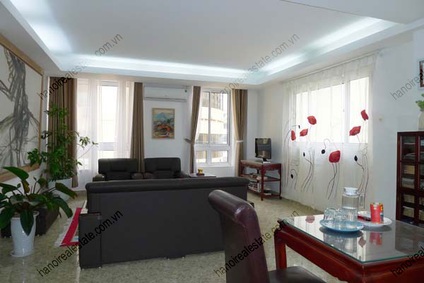 Spacious modern 2 bed apartment for rent in Lang Ha Hanoi 5