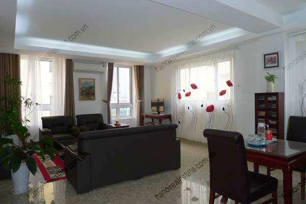 Spacious modern 2 bed apartment for rent in Lang Ha Hanoi 6