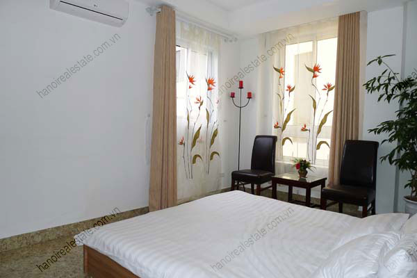 Spacious modern 2 bed apartment for rent in Lang Ha Hanoi 8
