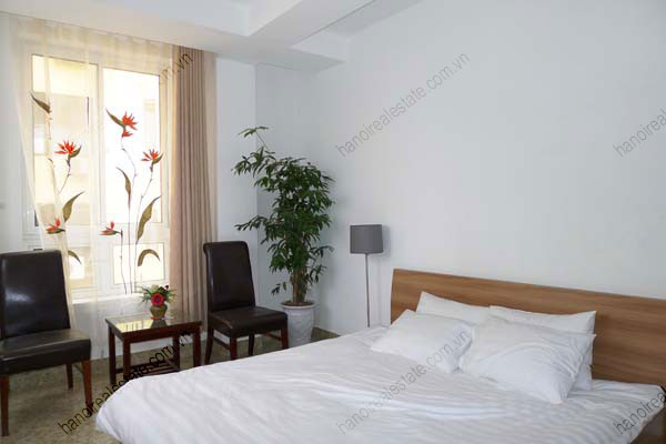 Spacious modern 2 bed apartment for rent in Lang Ha Hanoi 9