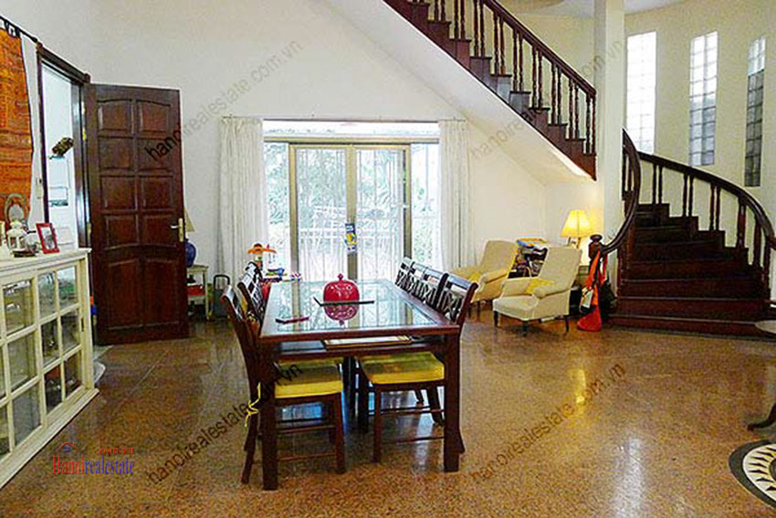 Spacious villa with outdoor Pool and garden in Tay Ho, Well appointed location 21