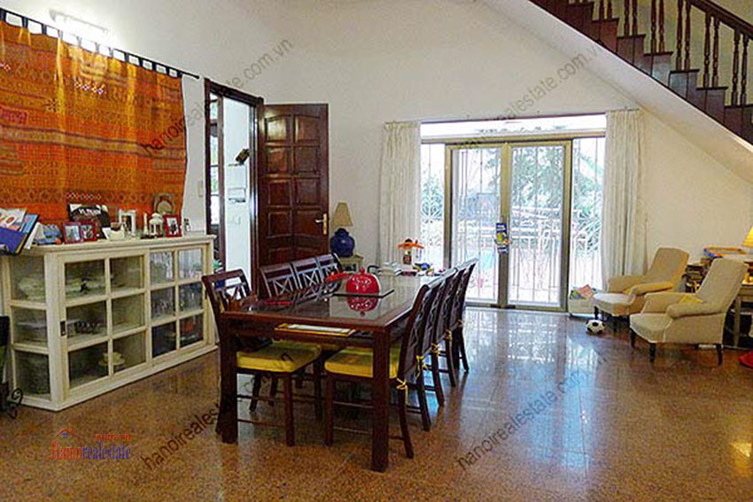 Spacious villa with outdoor Pool and garden in Tay Ho, Well appointed location 22