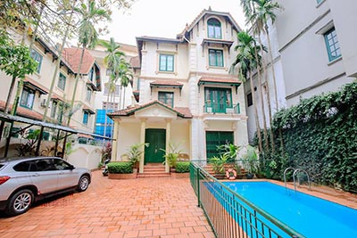Spacious villa Rental on To Ngoc Van Str with Ourdoor Pool and Garden