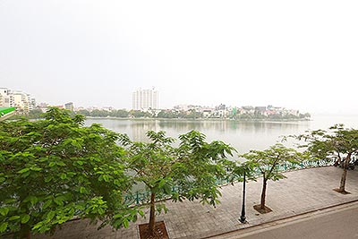 Spacious Westlake view 01 bedroom on Quang An Road, quite location